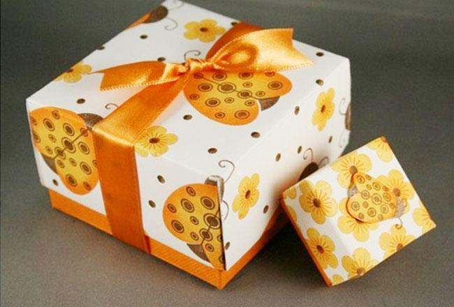 mẫu in hộp quà tặng nhanh