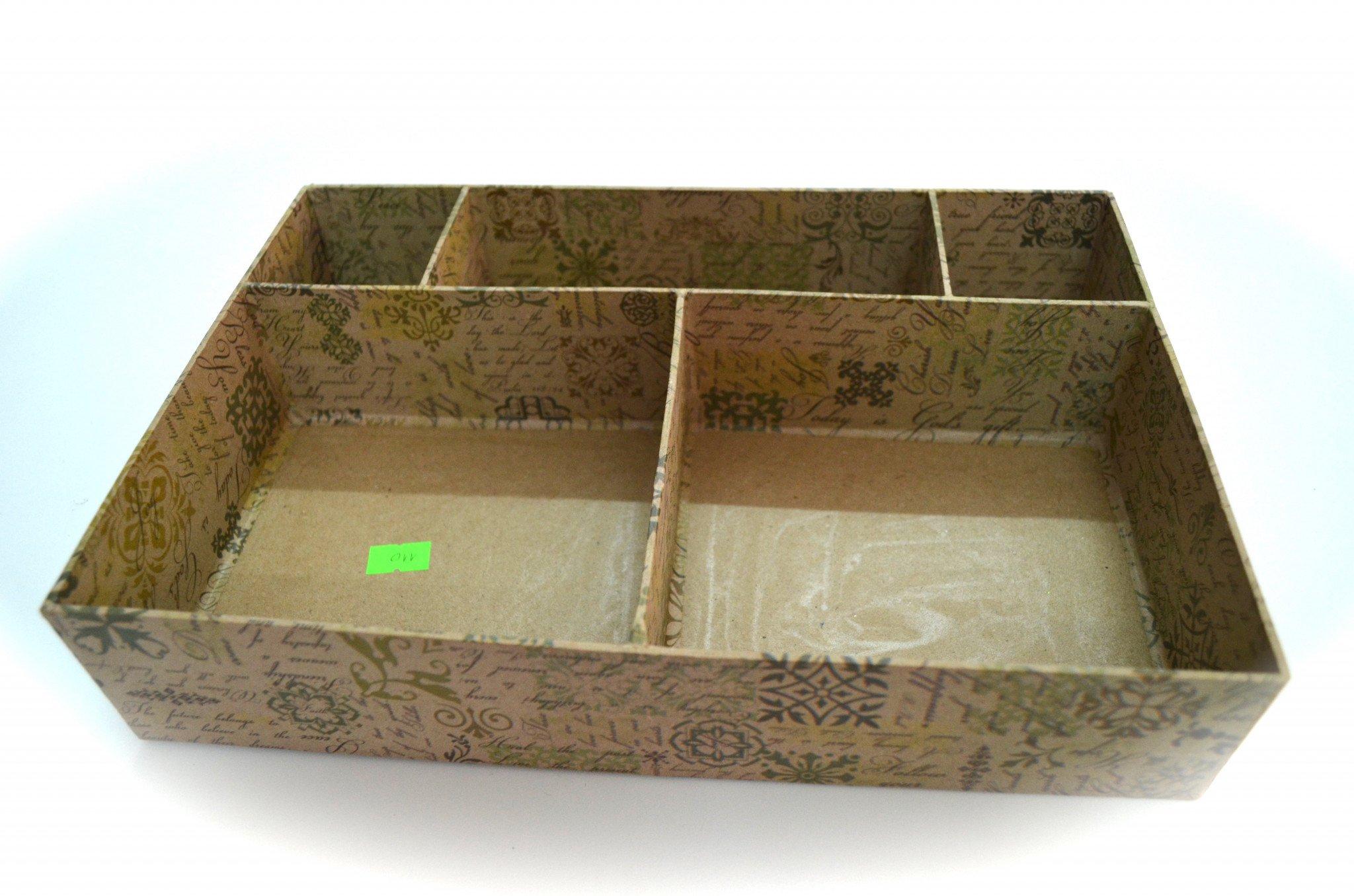 in hộp giấy tái chế