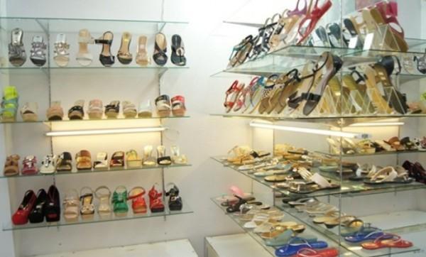 kinh doanh giày dép phải làm sao ?