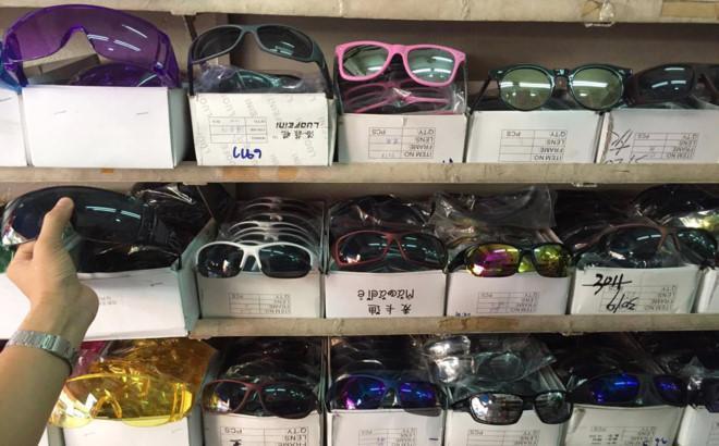 bí quyết kinh doanh mắt kính