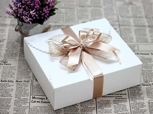 hộp đựng quà tặng đẹp 2