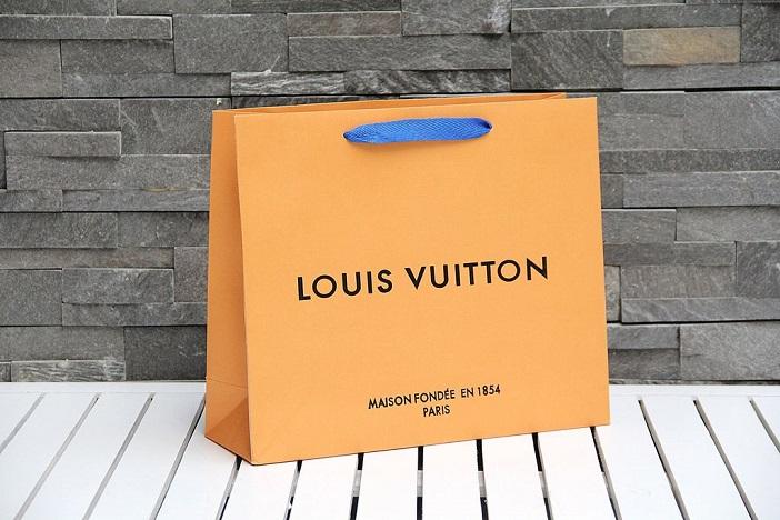 túi giấy các thương hiệu thời trang nổi tiếng